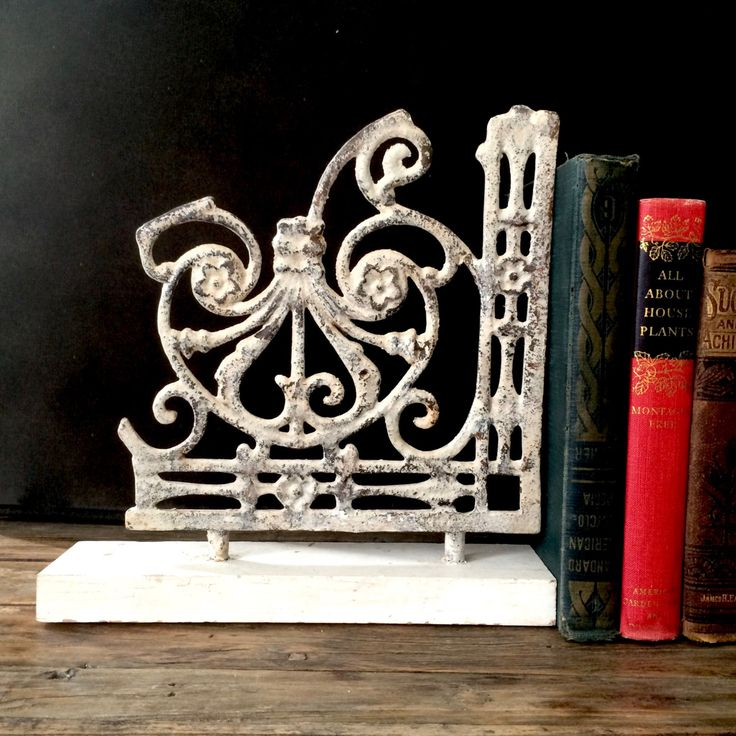 Cast Iron Vintage Bracket Bookends / Industrial Salvage / Cast Iron Vintage Bracket Bookends / Scrolled Chippy White Rustic Brackets by EllasAtticVintage on Etsy