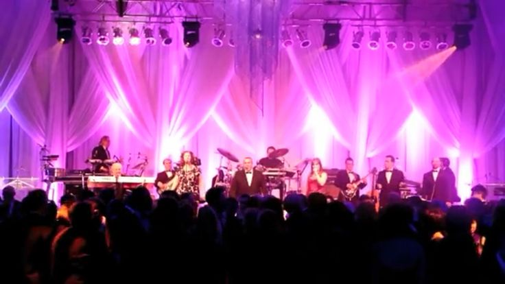A 100% Live Band. Montreal Quebec based band for any occasion. www.theshowmen.com Info@theshowmen.com 1.450.667.0631