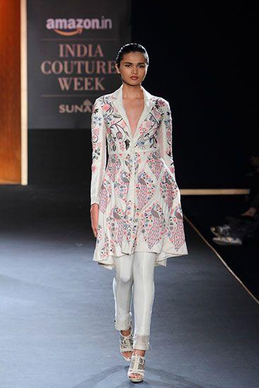 Rahul Mishra - Amazon India Couture Week 2015