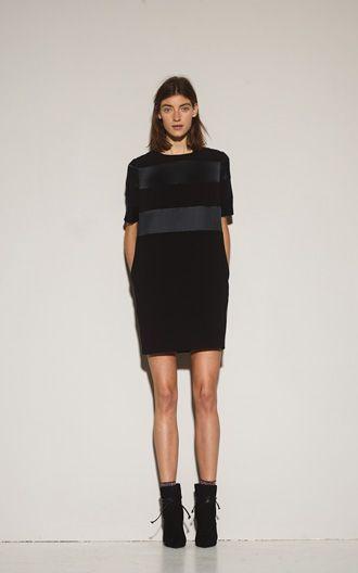 http://www.vanessacardui.no/products/custommade-kia-kjole