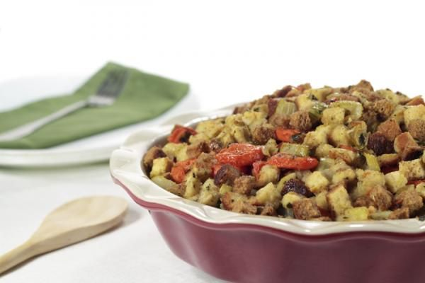 Traditional Turkey Stuffing Recipe – Thanksgiving is less than two weeks away. Start planning today!   #Recipe #Turkey #Thanksgiving  For more tasty poultry recipes visit: grannys.ca