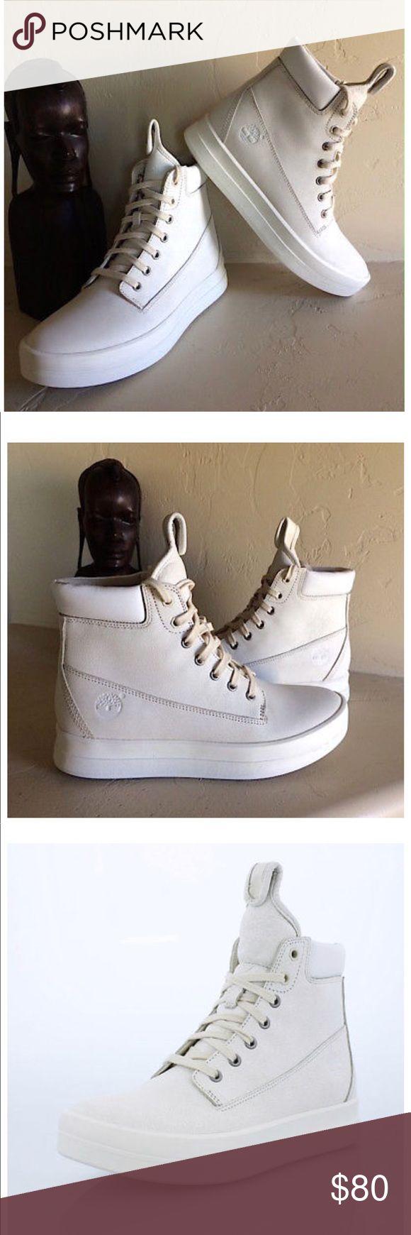 Brand new White Timberland Mayliss boots 6.5