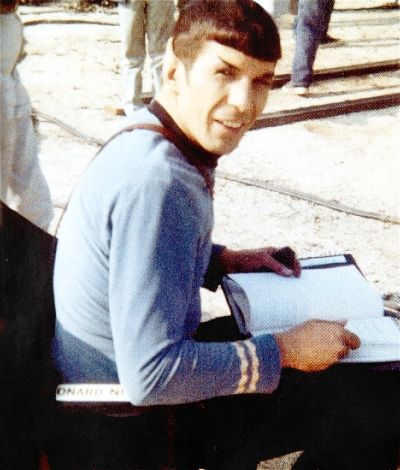 slashks:   Leonard Nimoy on set of Star Trek: TOS 1968  What your reading there Spocky?