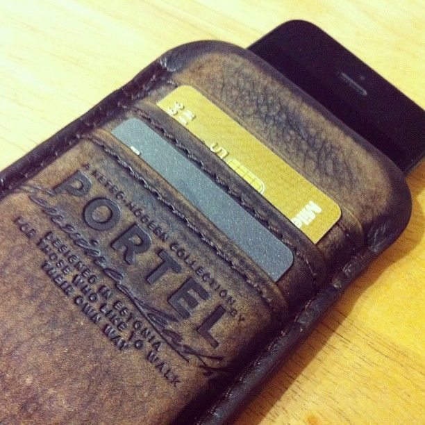 Portel iPhone leather wallet