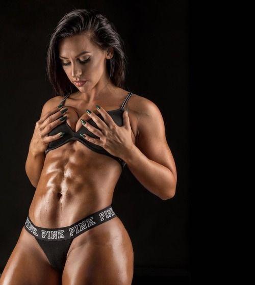 MandyCFit 【Fitness Model】