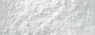Egalement nommé, blanc de Meudon, poudre de marbre ou blanc d'Espagne, il s'agit de craie précipitée. ce grade (3microns)est surtout utilisé dans la fabrication du gesso. Formule chimique : CaCO3