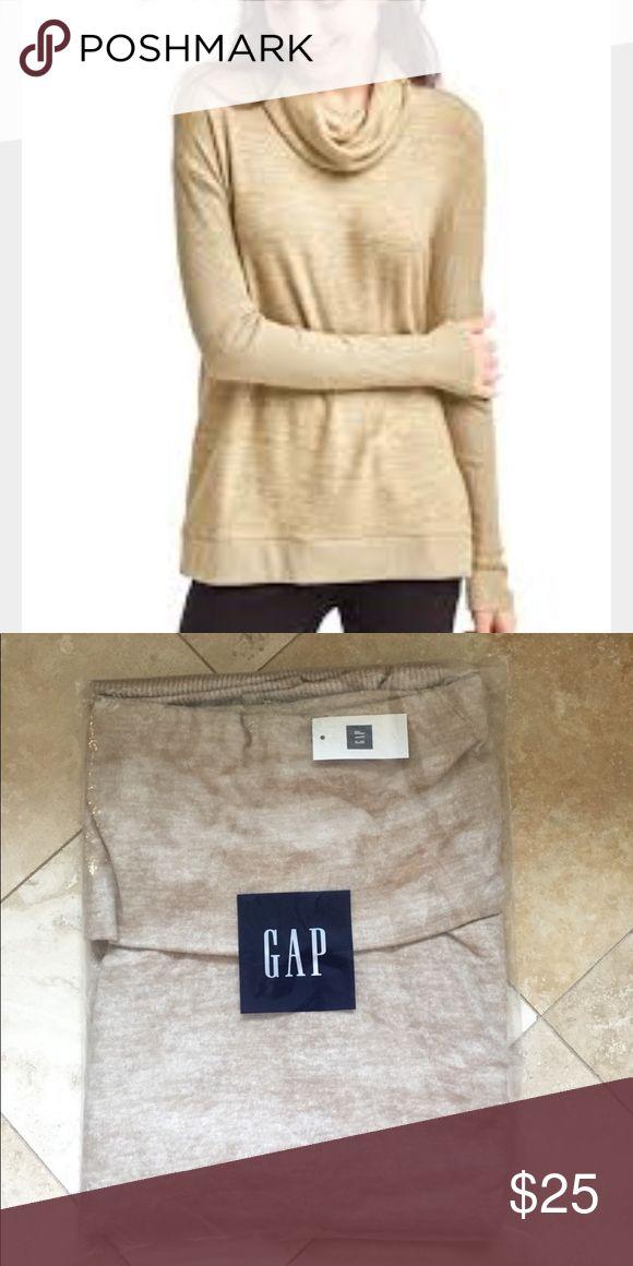 ✂️PRICE CUT✂️ Gap Softspun Marled Cowl Neck Tunic Gap softsun marled cowl neck tunic in size Large. New with tags! GAP Tops Tunics