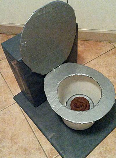 Een gevulde toiletpot voor de stinker, schijter of voor wie zijn handen graag schoon houdt ;-)