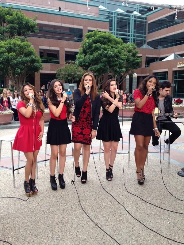 Fifth Harmony on E News