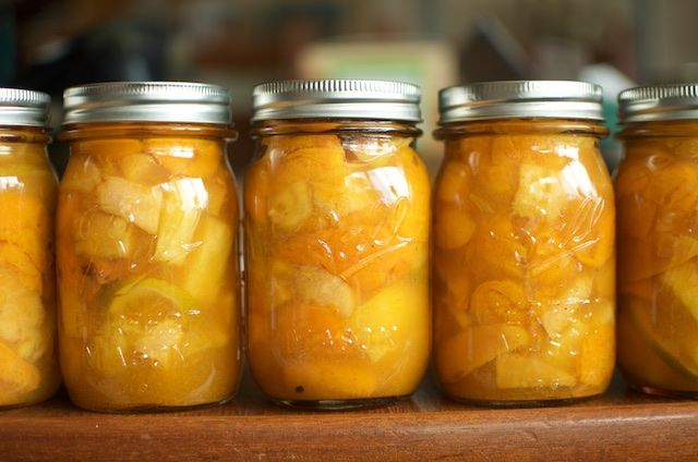 In preparation for International Can-it-Forward Day, we wanted to share this yummy Curried Fruit Compote recipe from the Ball Blue Book, made by @foodinjars! #canitforward