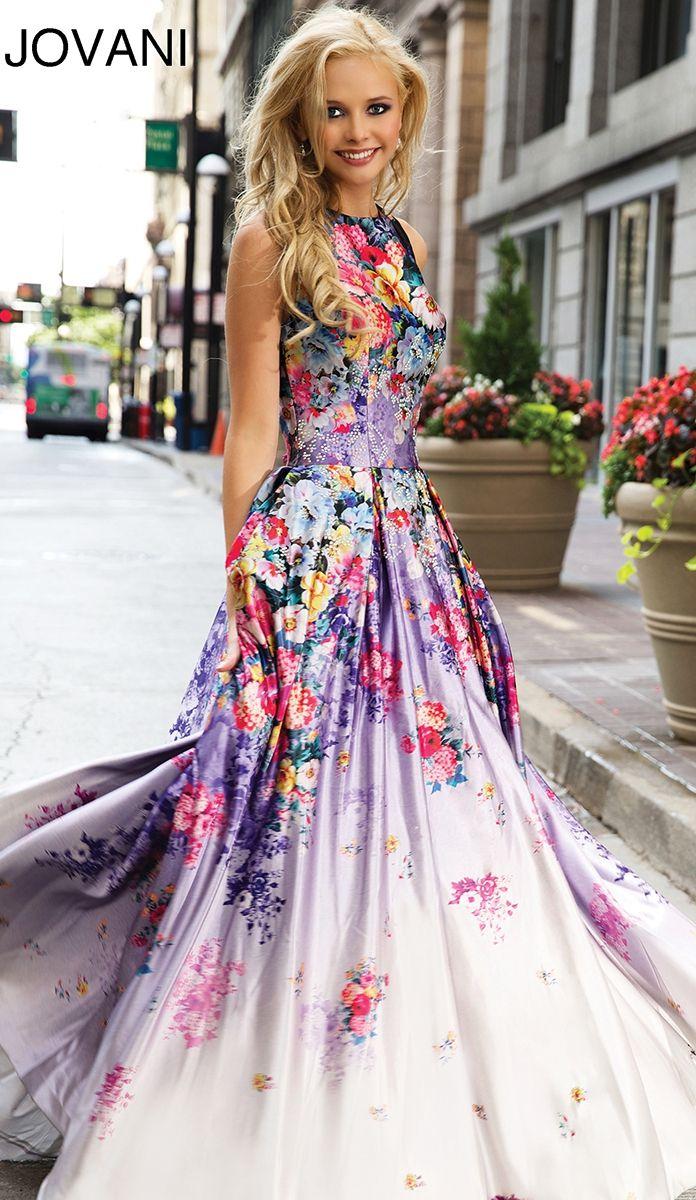 This dress will definitely be part of my future wardrobe....