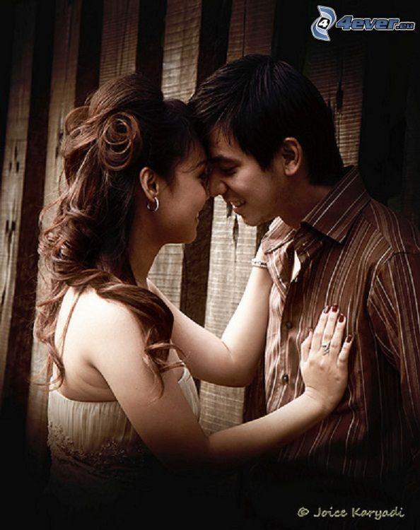 Happy couple. http://tinyurl.com/nebm6jr