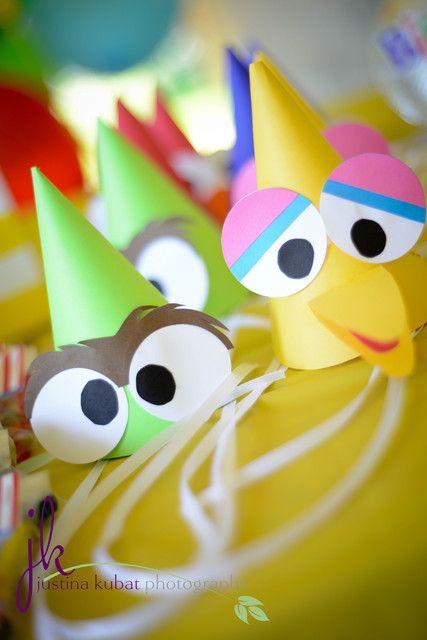 Cute Sesame Street party hats - Gorros chulisimos para fiesta de barrio sesamo