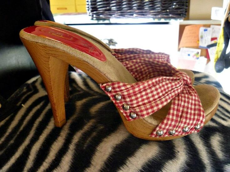 Vtg 70s Grease Style Red Gingham Knot Studded Platform