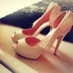 Νυφικά παπούτσια 2014 (Τsakiris Mallas, Dodici, Nak, Dukas)