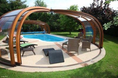 Piscine couverte piscine spa pinterest jardins for Piscine hors sol couverte