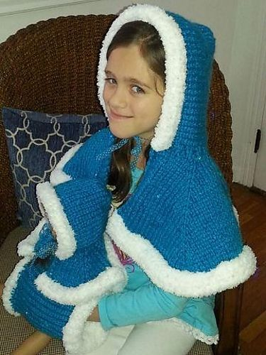 Frozen Princess Cape Knitting Pattern by Melissa Kemmerer | Frozen Inspired Knitting Patterns at http://intheloopknitting.com/frozen-knitting-patterns