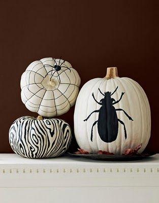 Black and white bug theme for Halloween!: Pumpkin Idea, Craft, Black And White, Fall, Halloween Pumpkin, Holidays, Painted Pumpkins, White Pumpkins, Halloween Ideas