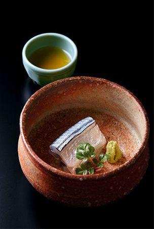 Japanese cooking technique, Kobu-jime 昆布じめ - using kelp to flavor ingredients.