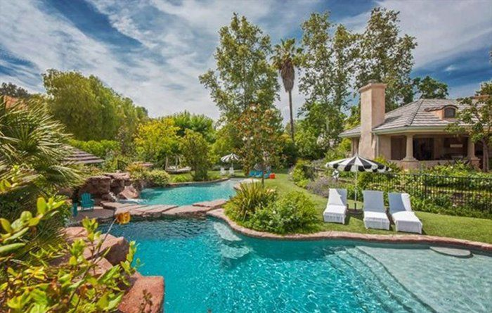 Angelina Jolie and the Kids Move Into Denise Richards's Stunning Home