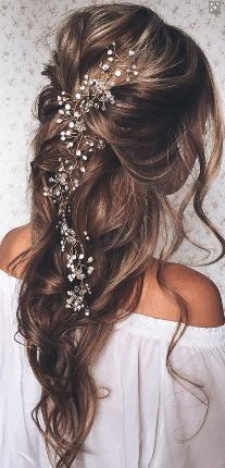 Beautiful hair even without the adornment