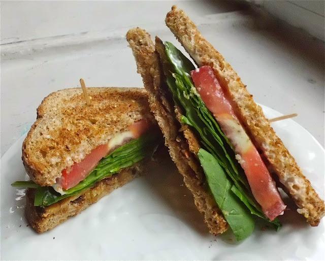 TLT sandwich (tempeh bacon, lettuce and tomato) urban vegan