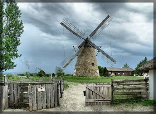 Windmill - Szentendre, Hungary / Dusnoki szélmalom, Szentendre (Skanzen) 2010