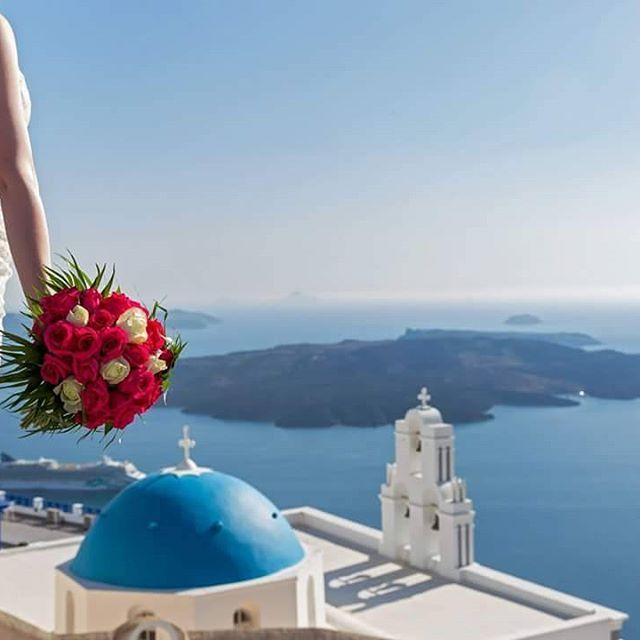 If you found the one and only, let the adventure begins to #Santorini !