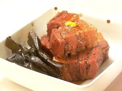 おせちにぴったり!ウーロン茶で煮る豚の角煮