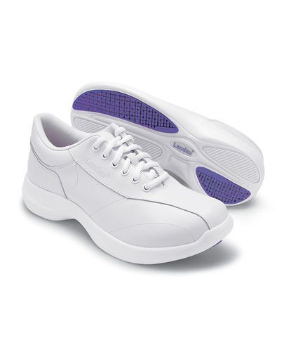 Best Tennis Shoes For Nursing Students