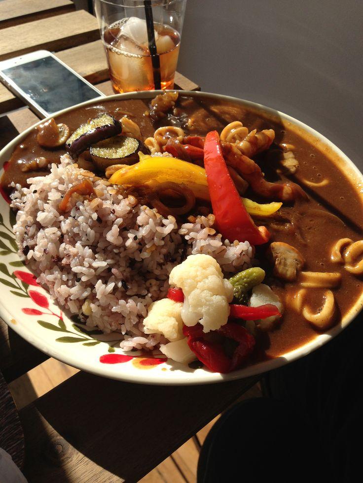 delicious, voluminous, seafood curry @ HOAcafe Zaimokuza