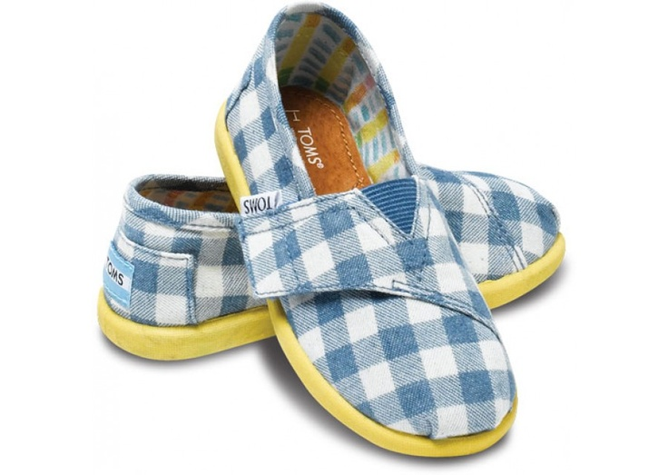 Alfie Tiny TOMS Classics heroClassic Heroes, Tiny Tom, Alfie Gingham, Blue, Tom Shoes, Tom Classic, Baby Baby, Shoes Lafayette, Alfie Tiny
