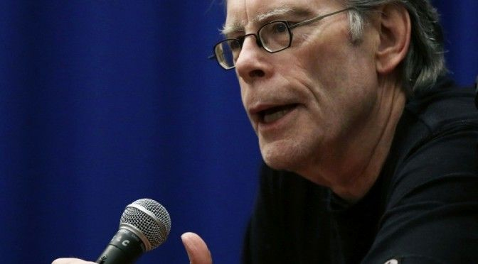 Stephen King hits GOP on minimum wage; Economics lesson ensues