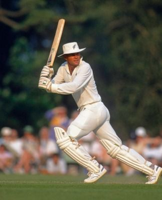 Mark Reason: Only as Martin Crowe approached death did New Zealand learn to love him | Stuff.co.nz