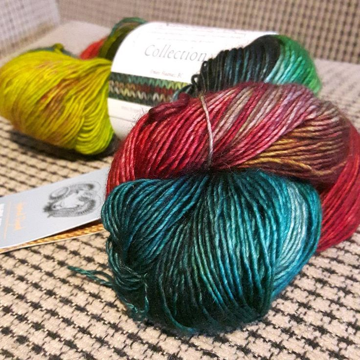 Can't wait to get this on my hook! Very pretty National Parks collection of yarn in honour of Canada's 150th birthday. I got the Gwaii Haanas, from BC. They were all out of Moraine Lake for Alberta