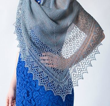 Uno scialle ai ferri della knitter Ysolda Teague | diLanaedaltrestorie