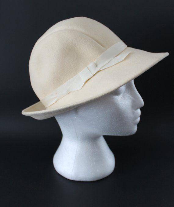 0a31f896224f82 Ivory Wool Felt Doeskin Hat by Bollmans, Vintage Cream Formal Hat ...
