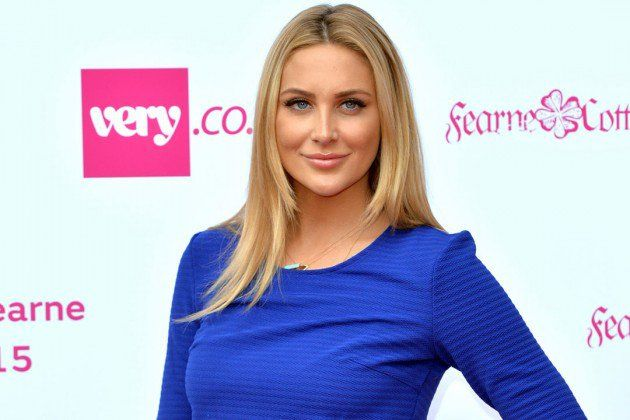 """TV personality Stephanie Pratt says actor Jonah Hill was a clown in high school. Pratt and Hill were both students at Crossroads High School in California. """"We went to the same private school, yeah … He was just a joker, a clown. Super self-deprecating and he was friends with everyone,"""" BANG Showbiz magazine quoted Pratt … Continue reading """"Jonah Hill Was A Joker At School: Stephanie Pratt"""""""
