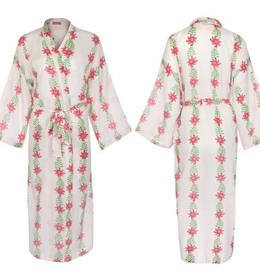 A Gorgeous  Kimono Style Dressing Gown from susannahcotton.co.uk the perfect gift for her this Christmas! Check out more here: http://bit.ly/1QRz6GH
