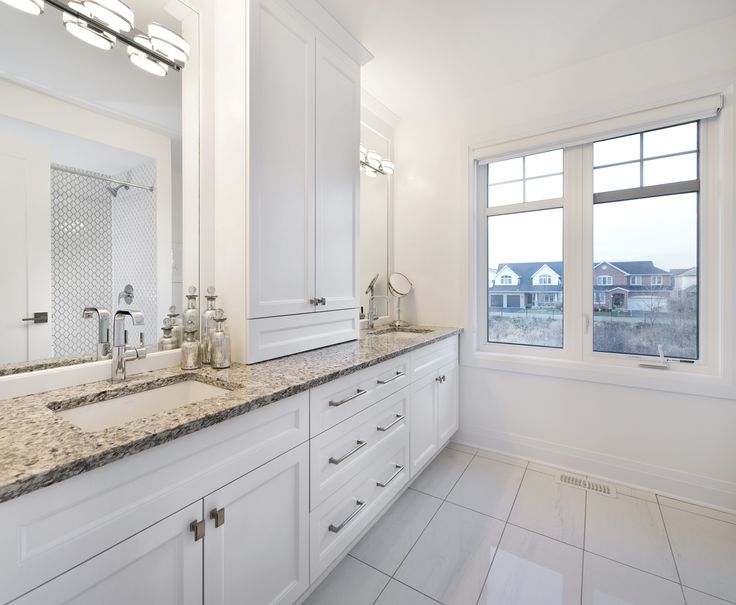 This is the 2nd floor Main Bathroom in our Cambridge model home in Findlay Creek.