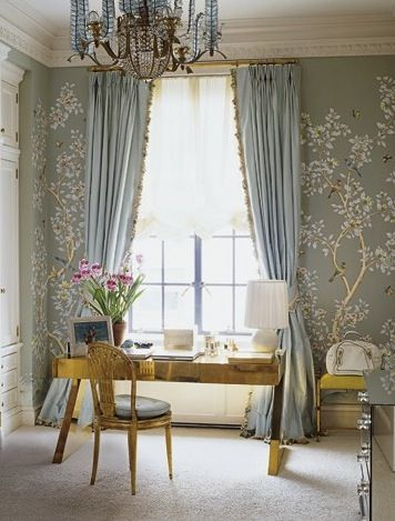 Aerin Lauder- Elle decor--beautiful robin's egg blue