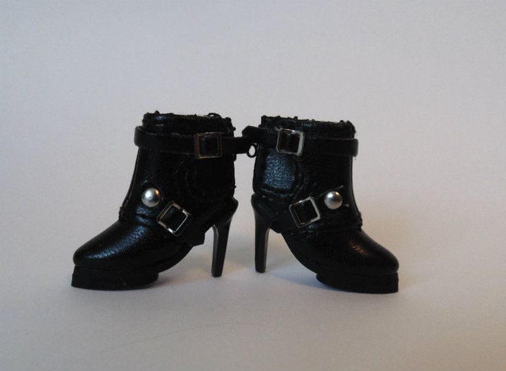 FASHION ROYALTY DOLL SHOES  short black boots high heels Genuine Integrity Toys  #IntegrityToys #ClothingAccessories