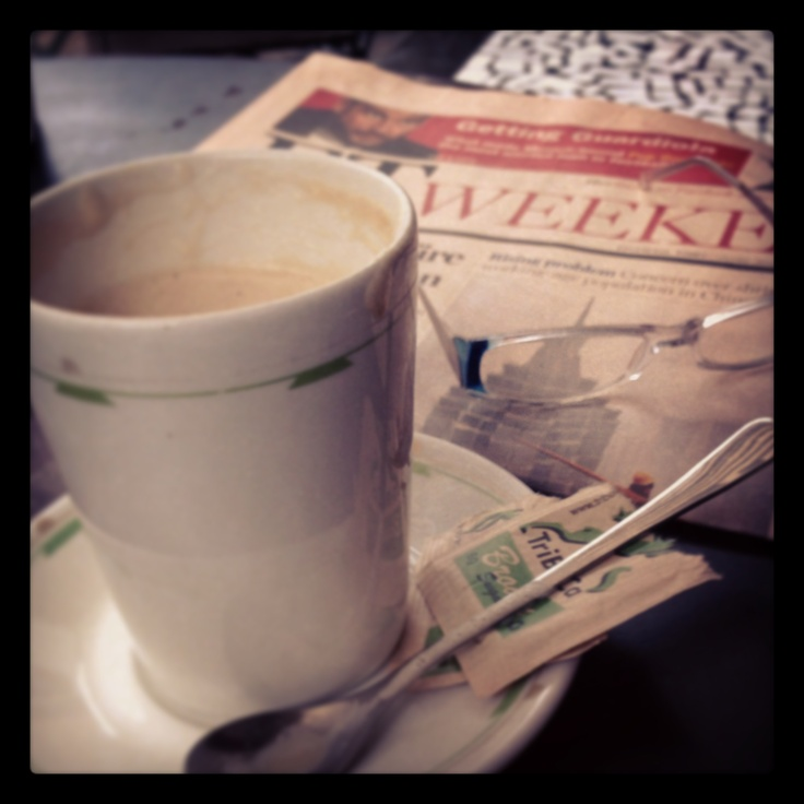 a weekly date with a pretty newspaper . . . maybe a brave stranger or two     #TriBeCa Brooklyn #FTweekend #detaillove