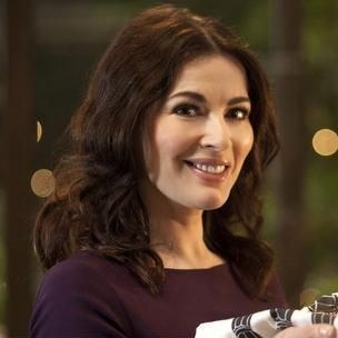 Nigella has been teaching us about the pleasures of the table since her first book, How to Eat, hit the shelves in 1998. She has since published several best-selling cookery books, many complementing an accompanying television series, and has become known for her sensual descriptions of her dishes.