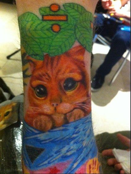Ed Sheeran's tattoos OMG SHREK!!!! HE LIKES SHREK TOO!!!!!!!!!!!!!!!!!!!!!!!!!!!!!!