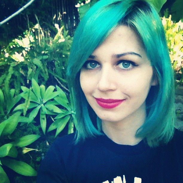 Jennifer Theme by Chloe Briggs. | Neon hair! | Pinterest Dyedhair