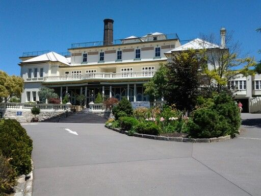 The Carrington Hotel, Katoomba. The Grand Old Lady of the town looks superb today!
