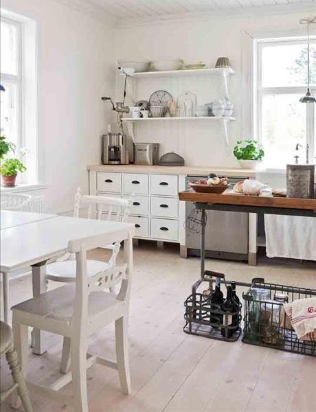 Shabby Chic lakásdekoráció - koptatott, fehér és egyedi