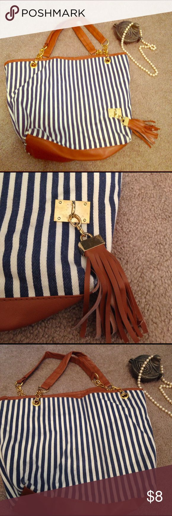 White leather apron lecture - Nautical Purse Blue And White Purse The Inside Has Been Used But It S In