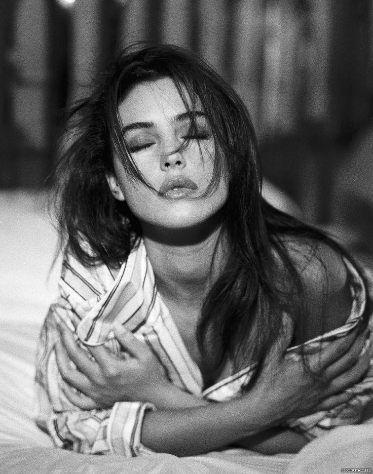 monica bellucci ~ always sexy, always sensuous.